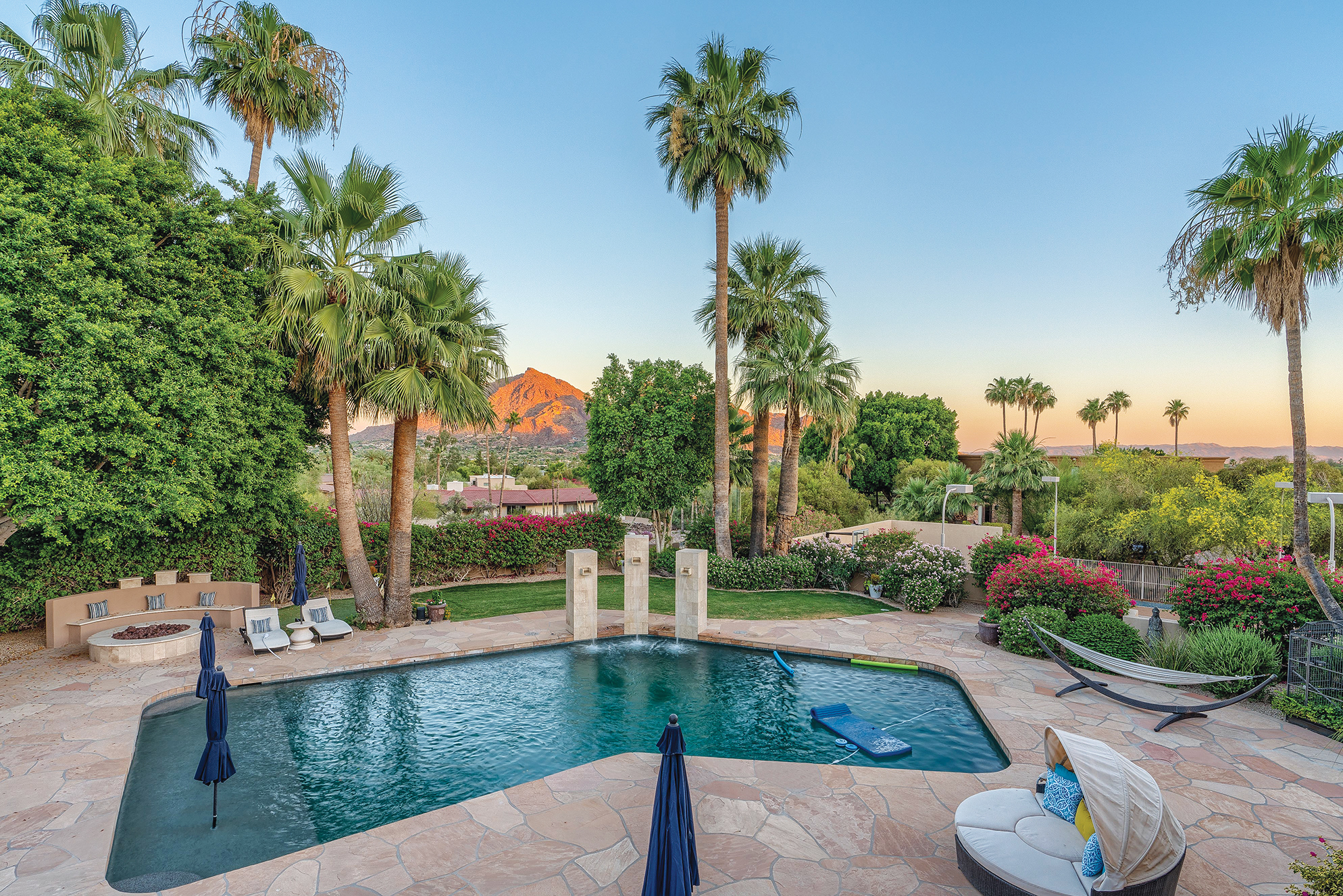 Lavish Luxury In Paradise Valley Flanked By Mountain Views