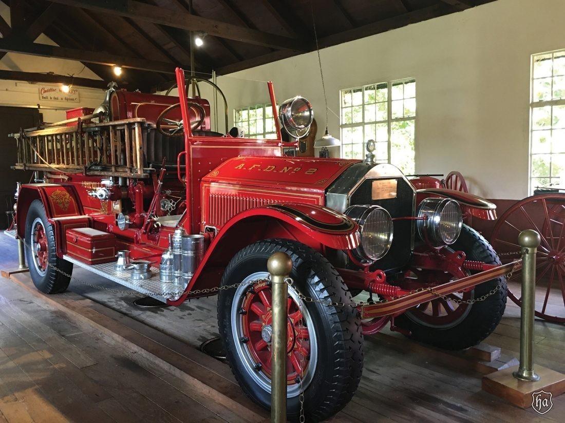 1922_American_LaFrance_Fire_Truck
