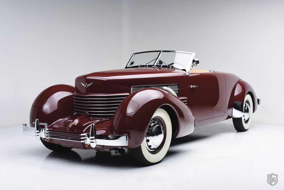 1937_Cord_812_Sportsman_SC_Cabriolet