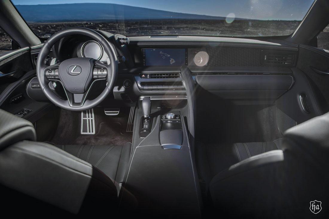2019_Lexus_LC500_interior