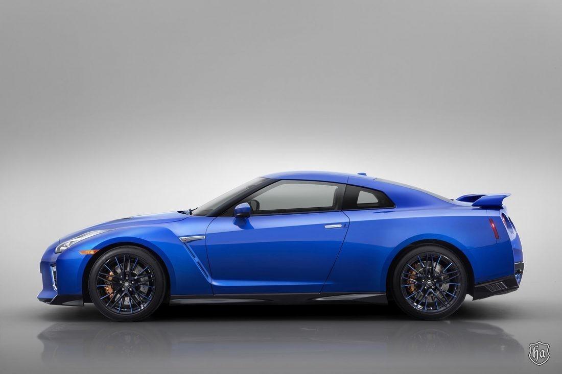 Nissan GT-R 50th Anniversary Edition estreia no Salão de Nova I