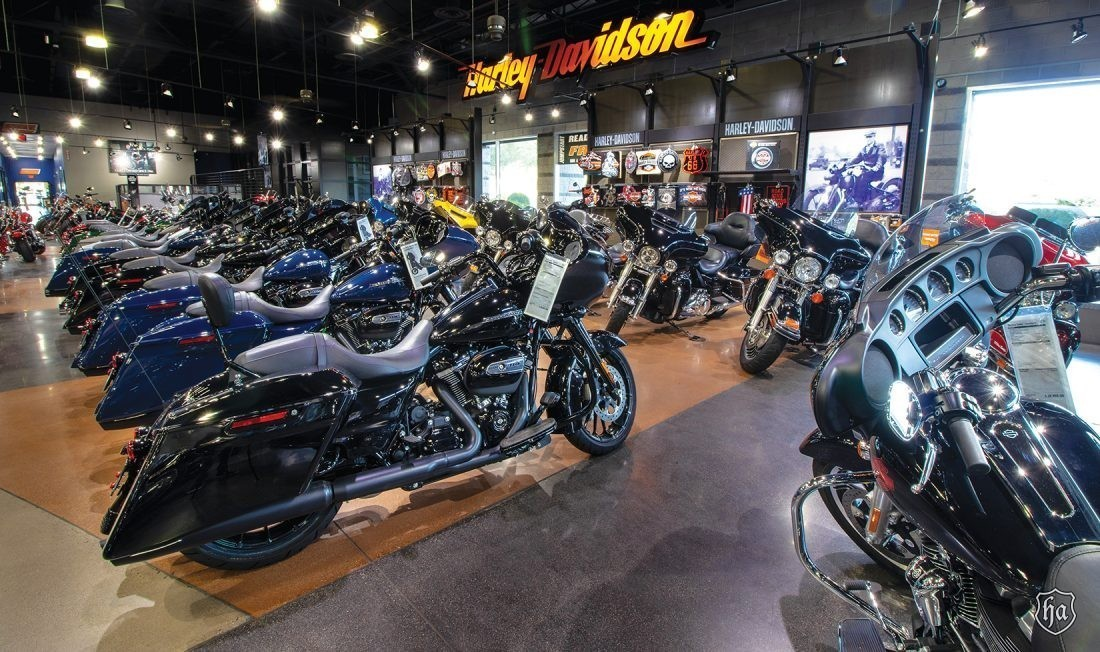 Buddy_Stubbs_Harley_Davidson_Showroom