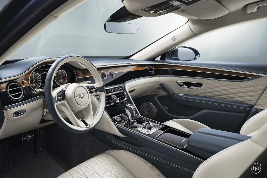 2020_Flying_Spur_Front_Seat