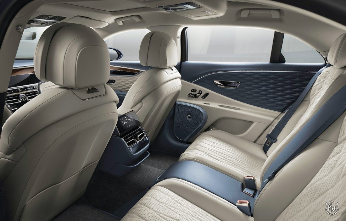 2020_Flying_Spur_Rear_Seat