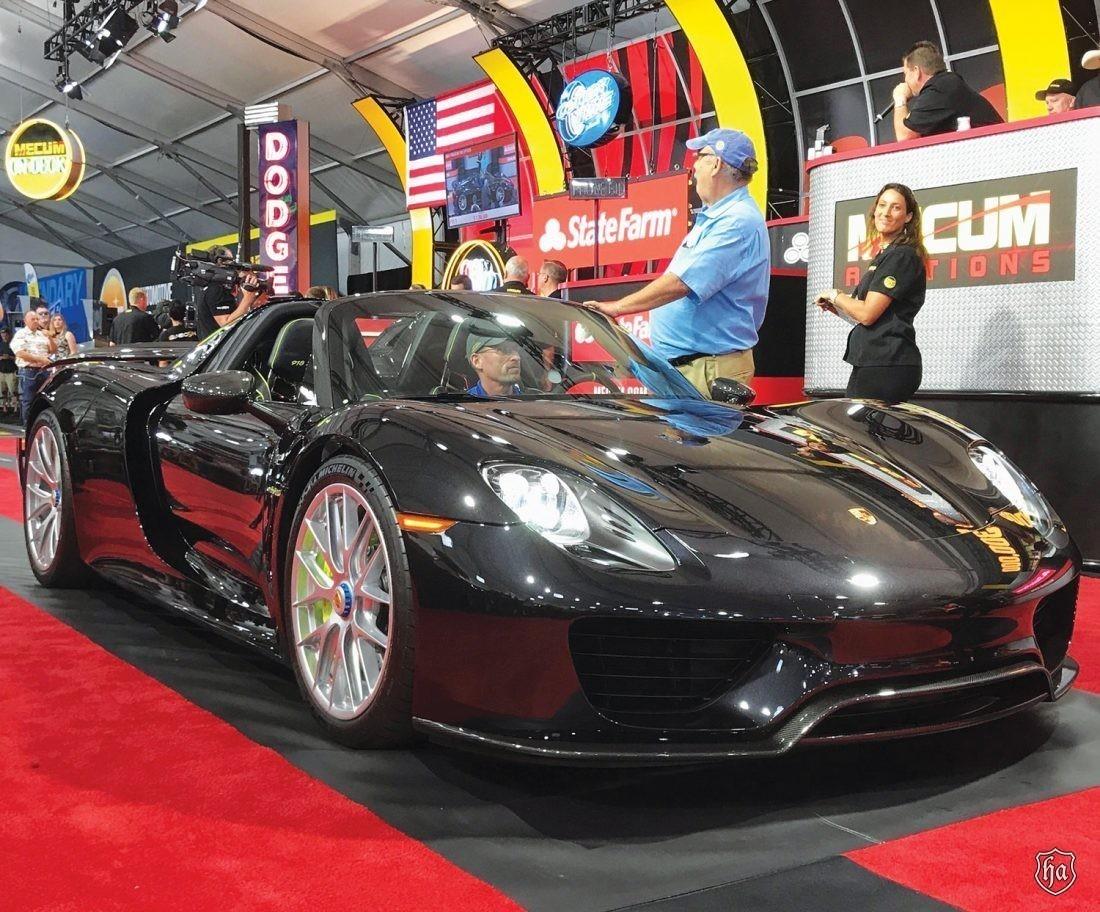 Mecum_2015_Porsche_918_Spyder_Weissach_$1,430,000