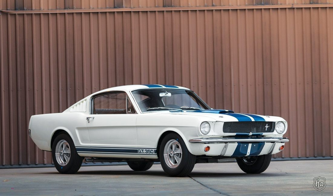 Russo_and_Steele_1965_Shelby_GT350_sold_for_$412,000
