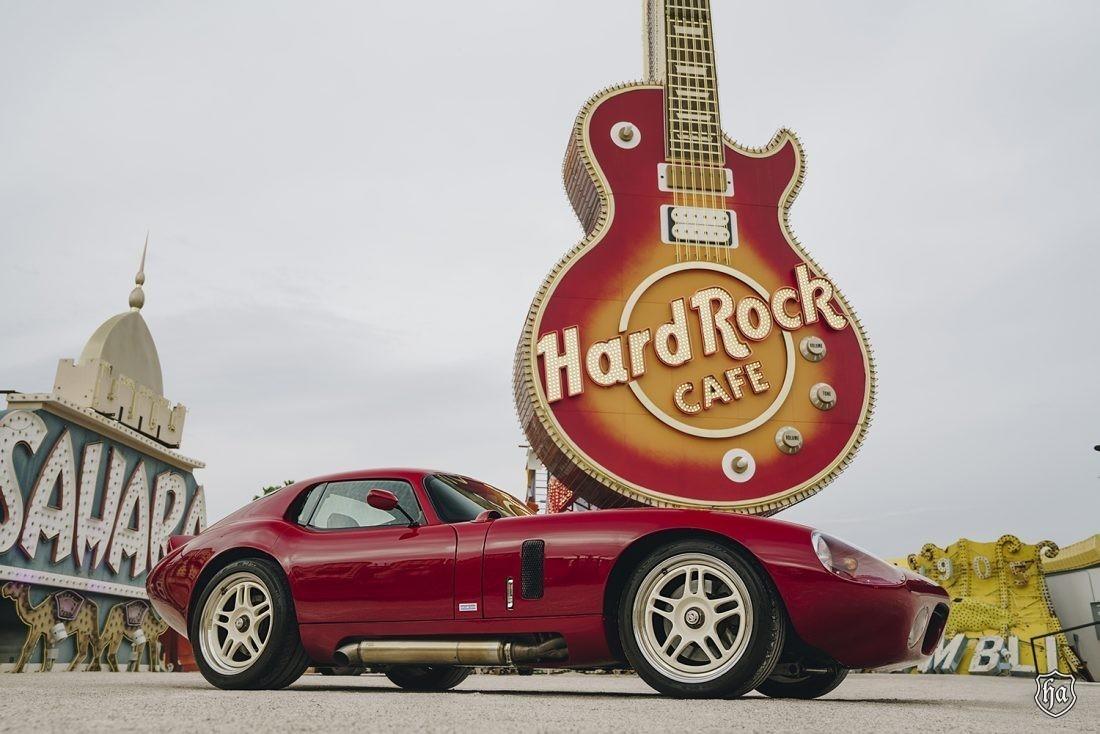 Peter_Brocks_Superformance_Cobra_Daytona_Coupe
