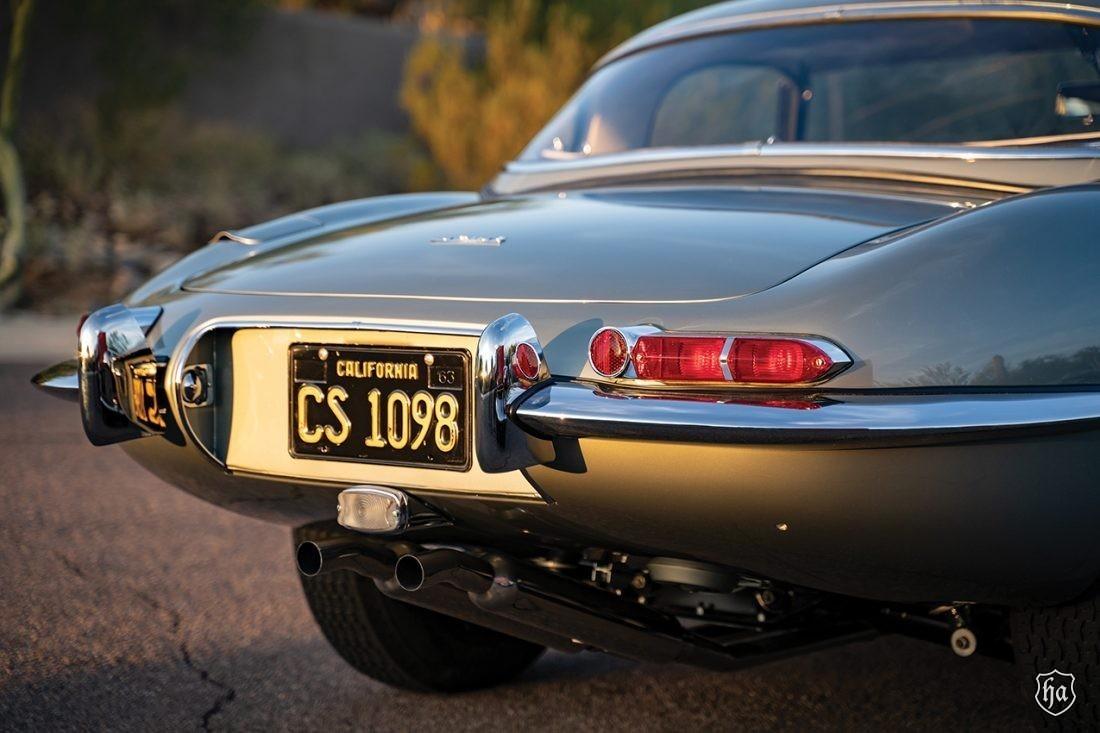 1954_Jaguar_XK_120_SE_2