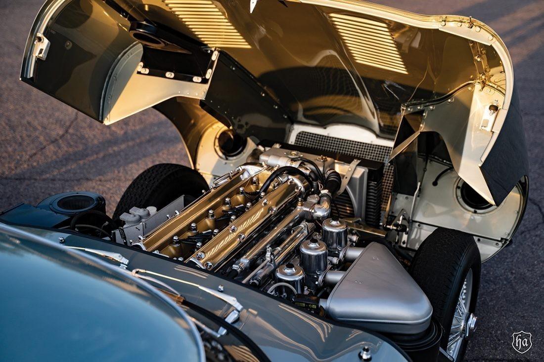 1954_Jaguar_XK_120_SE_5