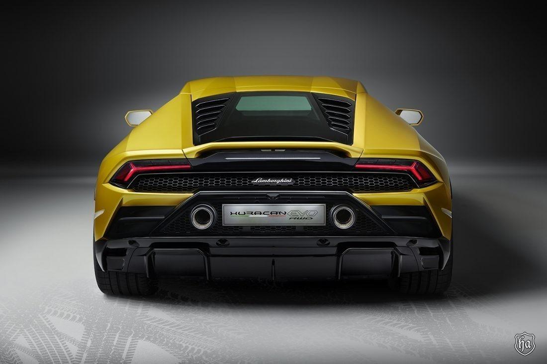 Lamborghini_Huracan_EVO_5