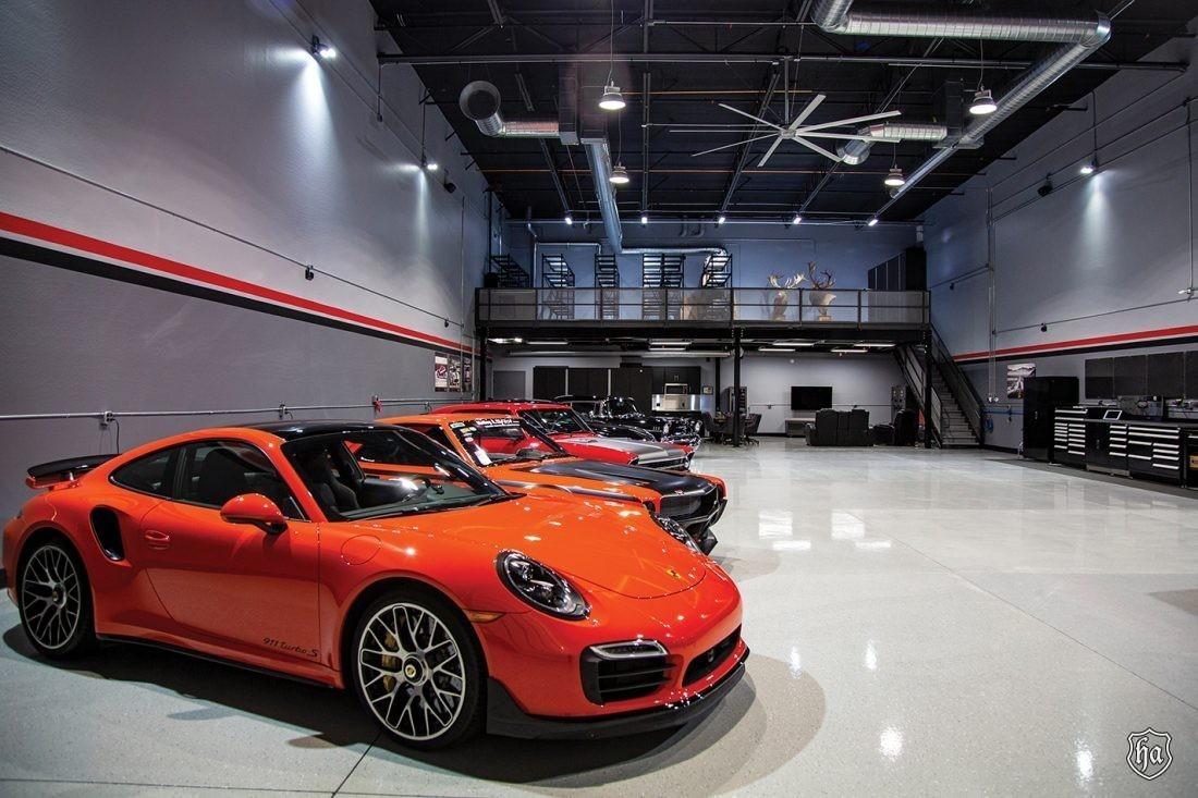 The_Garages_of_Scottsdale_interior