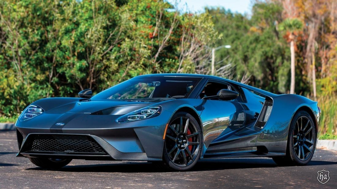 mecum_auctions_glendale_2020_2017_Ford_GT_Competition_Series