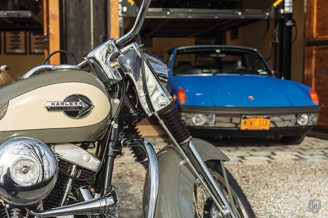 1959_Harley_Davidson_and_Porsche_914_6