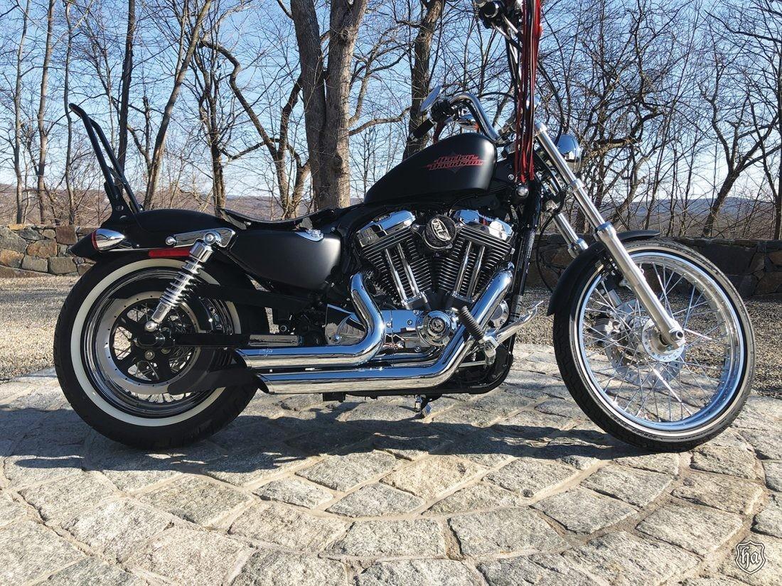 2012_Harley_Davidson_Seventy_Two_Sportster_Chopper
