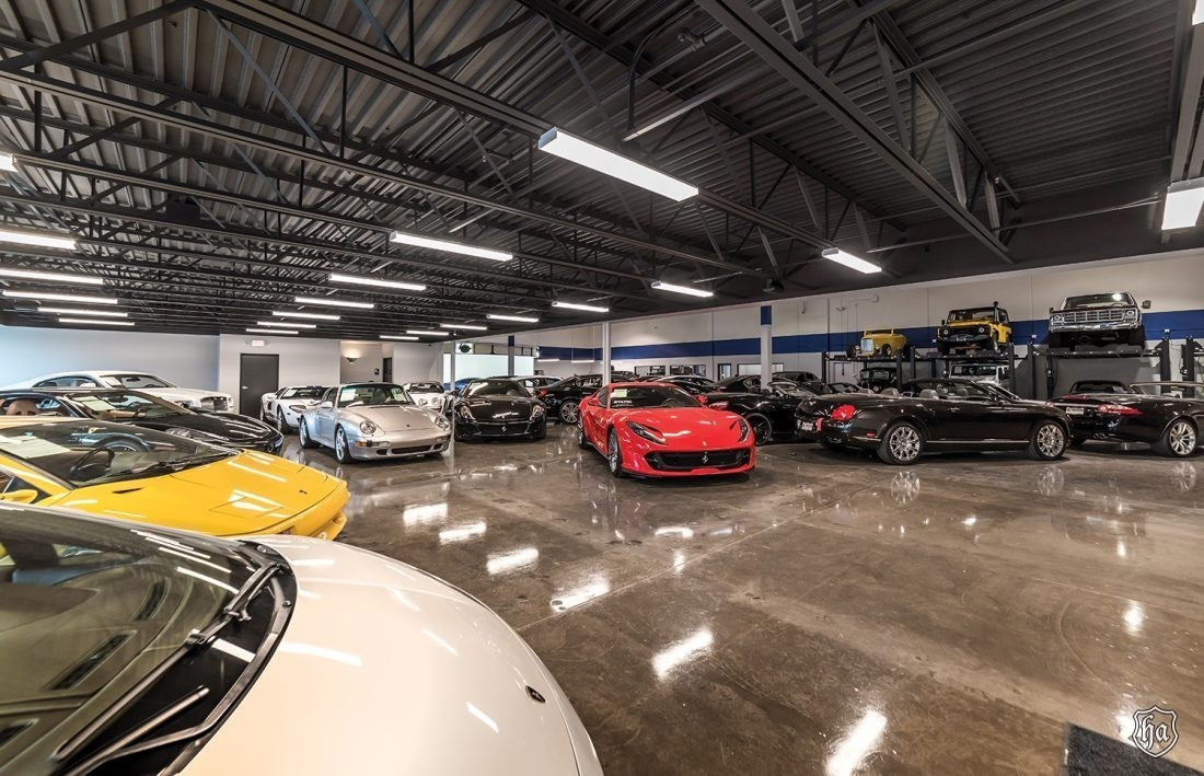 The_Collection_of_Scottsdale_showroom