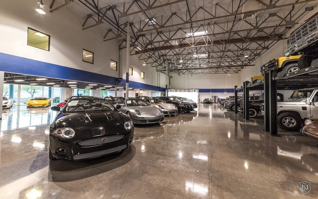 The_Collection_of_Scottsdale_showroom_2