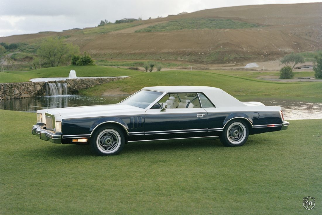 1979_Lincoln_Mark_V_Bill_Blass_Edition