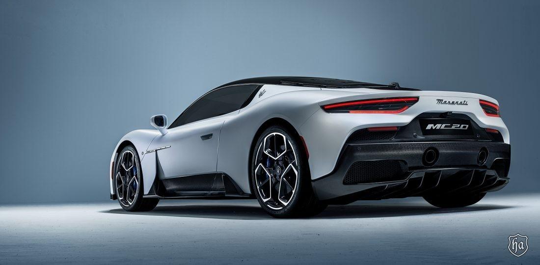 Maserati_MC20_rear