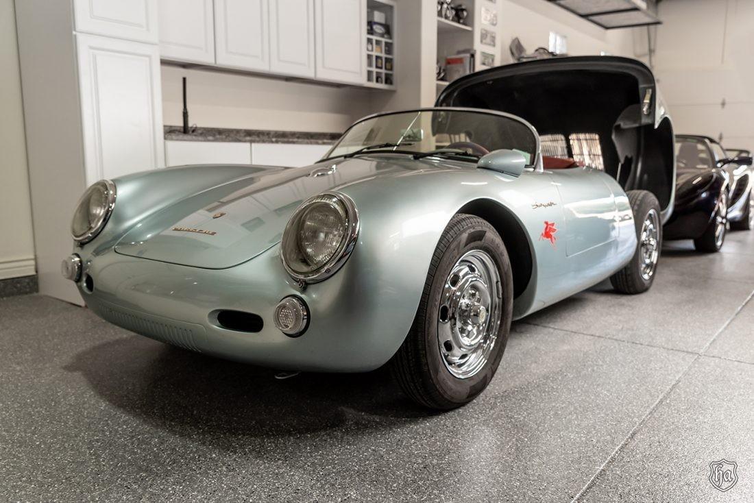 1955_Beck_Porsche_550_Spyder_replica_front
