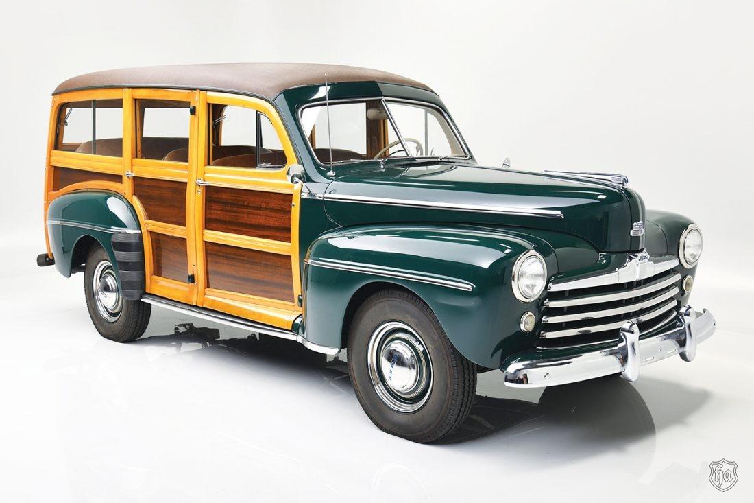 Edsel_B_Ford_II_1947_Ford_Super_Deluxe_Custom_Woody_Wagon