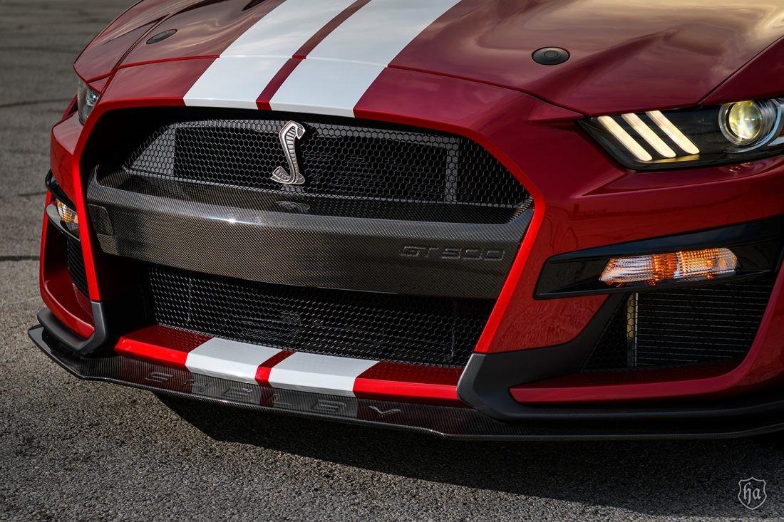 Mustang GT500 Carbon Fiber Center Bumper