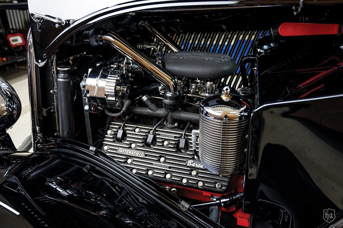 1934_Ford_Five_Window_Coupe_Motor